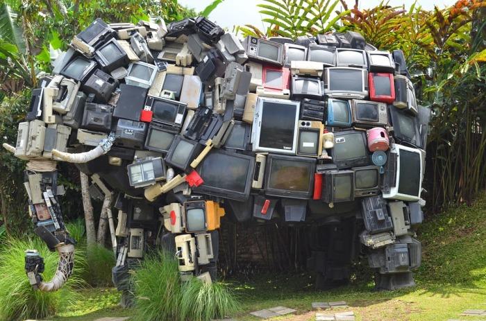 Television Elephant