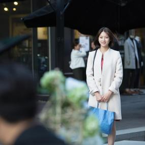 So Bong the doting girlfriend Image Source: KBS Drama Facebook Page